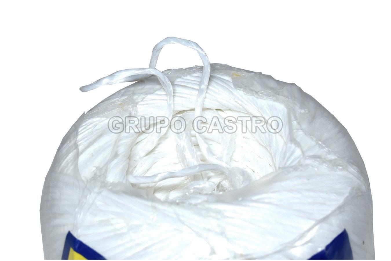Foto de Cuerda piola rafia de polipropileno blanco calibre 2.2 RAF001 surtek 450mtr 900gramos
